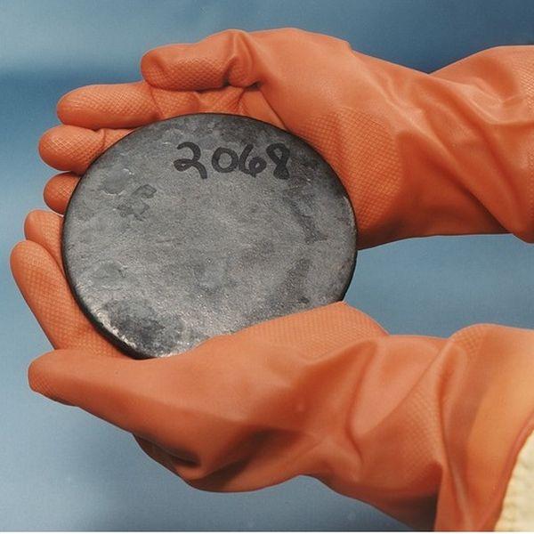 Radioaktivschrank Glossar